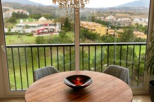 Penthouse Golf Gardens Miraflores for sale